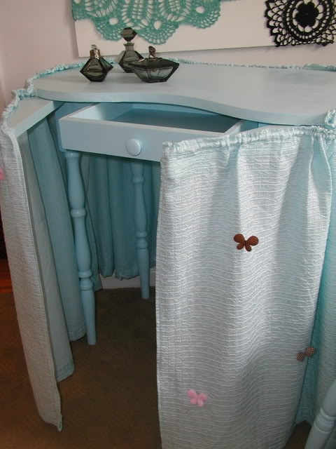antique vanity with skirt