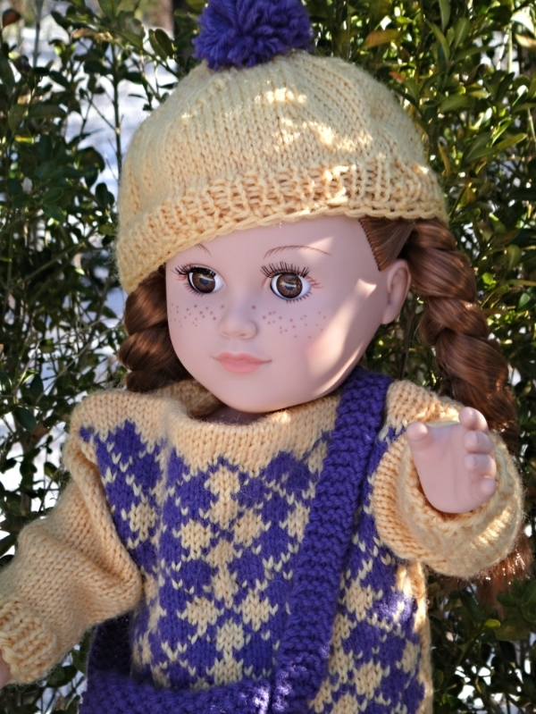 hand knit doll hat